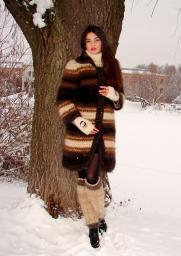 Вязанное пальто модное 2015 .