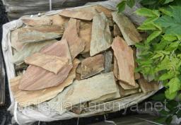 Камень природный Кора дерева блеском.Толщина 1,5- 2,5 см