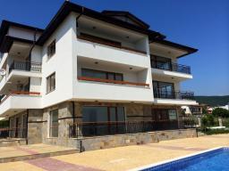 Продаются в Болгарии апартаменты в новом комплексе с шикарным расположением