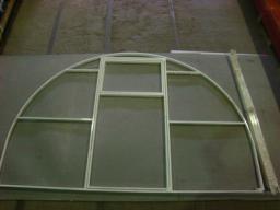 Теплица арочная дуги цельногнутые 20х20 мм, размеры 3х6х2,1 м