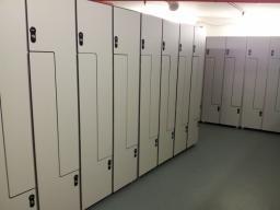 Локеры, секционная спортивная мебель, шкафчики и кабинки для раздевалок Hpl, системы профилей