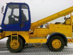 Купить полностью исправный снегопогрузчик лаповый СнП-17, 2012 год выпуска, наработка 834 моточаса.