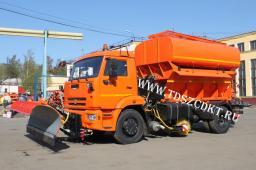 Дорожная машина КДМ-7881.03 на шасси КамАЗ с зимним и летним оборудованием