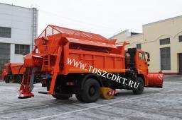 Машина дорожная КДМ-7881.05 на базе самосвала КамАЗ-53605 (4х2)