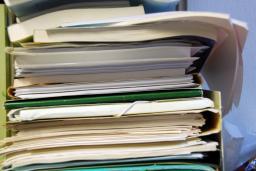 Подготовка пакета документов к оформлению таможенных деклараций
