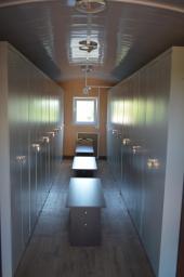 Вагон-дом сушилка на 28 человек (вагончик для просушивания спецодежды) на санях полозьях