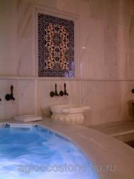 Облицовка бассейнов мрамором, травертином, плиткой , мозайкой