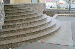 Облицовка лестниц камнем