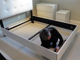 Сборка спальни, услуги квалифицированных мебельщиков