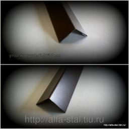 Угол внутренний / наружный RAL8017