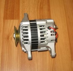 Генератор двигателя 4D95 для вилочного погрузчика Komatsu FD20 T-11 100211-4490 600-821-2350