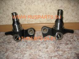 Кулаки поворотные на погрузчик Komatsu FD25 T-16 3EB2451221 3EB2451211