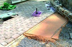 Заказать укладку тротуарной плитки с частичной подготовкой основания