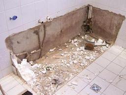 Демонтаж ванны, вывоз мусора