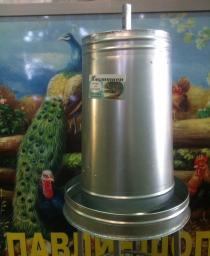Кормушка для птицы 27 литров