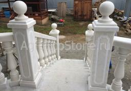 Балюстрады, столбы, перила, шары, колонны из мрамора России