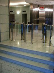 Изготовление, монтаж ступени для лестниц из агломрамора