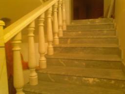 Декоративные ограждения лестниц из натурального мрамора
