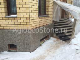 Облицовка дома натуральным камнем