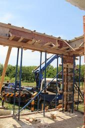 Устройство бетонных колон под ограждение
