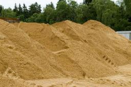 Песок всех видов и фракций с доставкой
