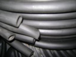 Трубка резиновая 1-1С 16х2 мм (кислотощелочестойкая средней твердости)