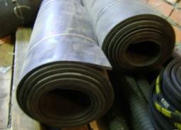 Рулоны из резины 2-Н-1-ТМКЩ-С 3 мм ширина рулона 1100 мм