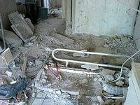 Демонтаж сантех-кабин из кирпича и бетона.