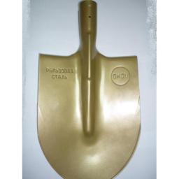 Лопата из рельсовой стали (или рессорно-пружинной)