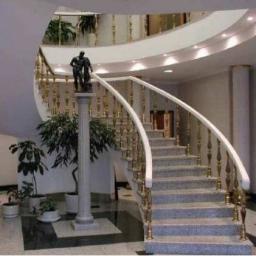 Гранитная лестница витая