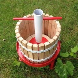 Пресс для винограда винтовой (V15л)