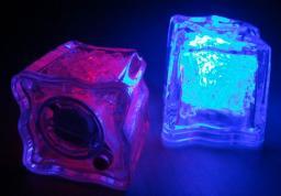 Светодиодные светящиеся кубики льда 1120207