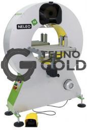 Полуавтоматическая машина для горизонтальной обмотки в стрейч-пленку Neleo 50