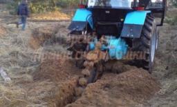 Траншеекопатель на базе трактора МТЗ 82 (баровая установка)