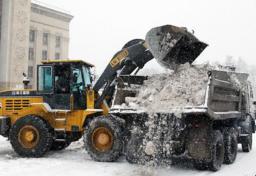 Чистка снега, вывоз уборка строительного мусора.