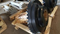 Запчасти для дробилки КСД-1200, КМД-1200 эксцентрик, приводной вал, шестерня коническая, колесо коническое, брони, конус дробящий