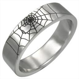 Кольцо из стали сердце в паутине.