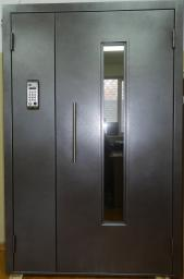 Двери подъездные с домофоном