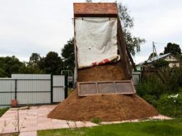 Доставка глины, самосвал 5 тонн