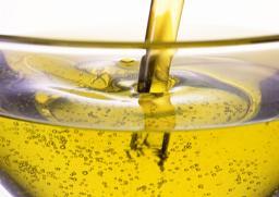 Подсолнечное масло оптом (налив, бутылки - 0.9л, 1л, 5л)
