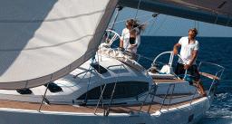 Обучение парусному спорту на яхте Phobos 24