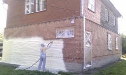 Напыление ППУ на жилое здание