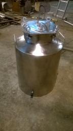 Бак на 100 литров из пищевой стали