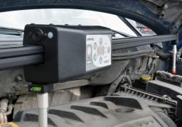 Электронная 3D линейка EzCalipre для замера геометрии кузова автомобиля