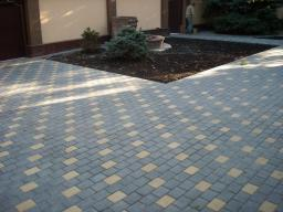 Укладка бетонной тротуарной плитки
