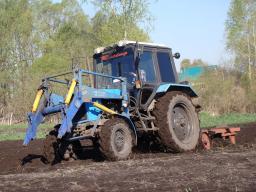 Услуги трактора по вспашке, копке земли
