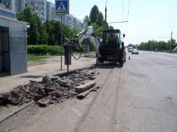 Демонтаж бордюрного камня БР 100.30.15 (с вывозом строительного мусора)