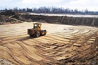 Укатка и уплотнение грунта (почвы земли)