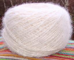 Пряжа «Белый Пушистик superwhite».Вязание пряжа купить.Белая шерсть.