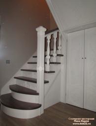 Лестница интерьерная, классическая.Массив сосны